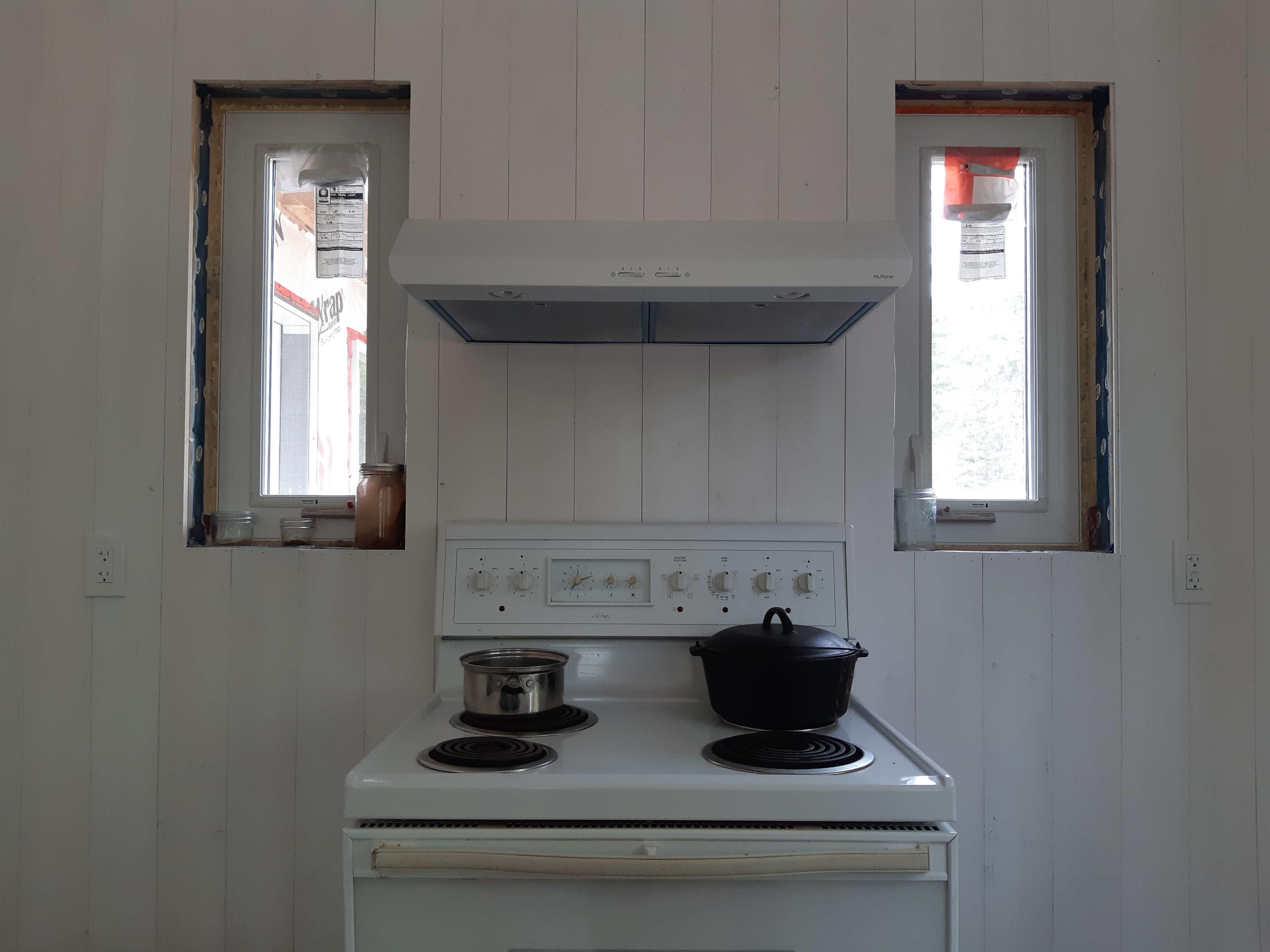 Whitewashed Walls in the Cottage Kitchen