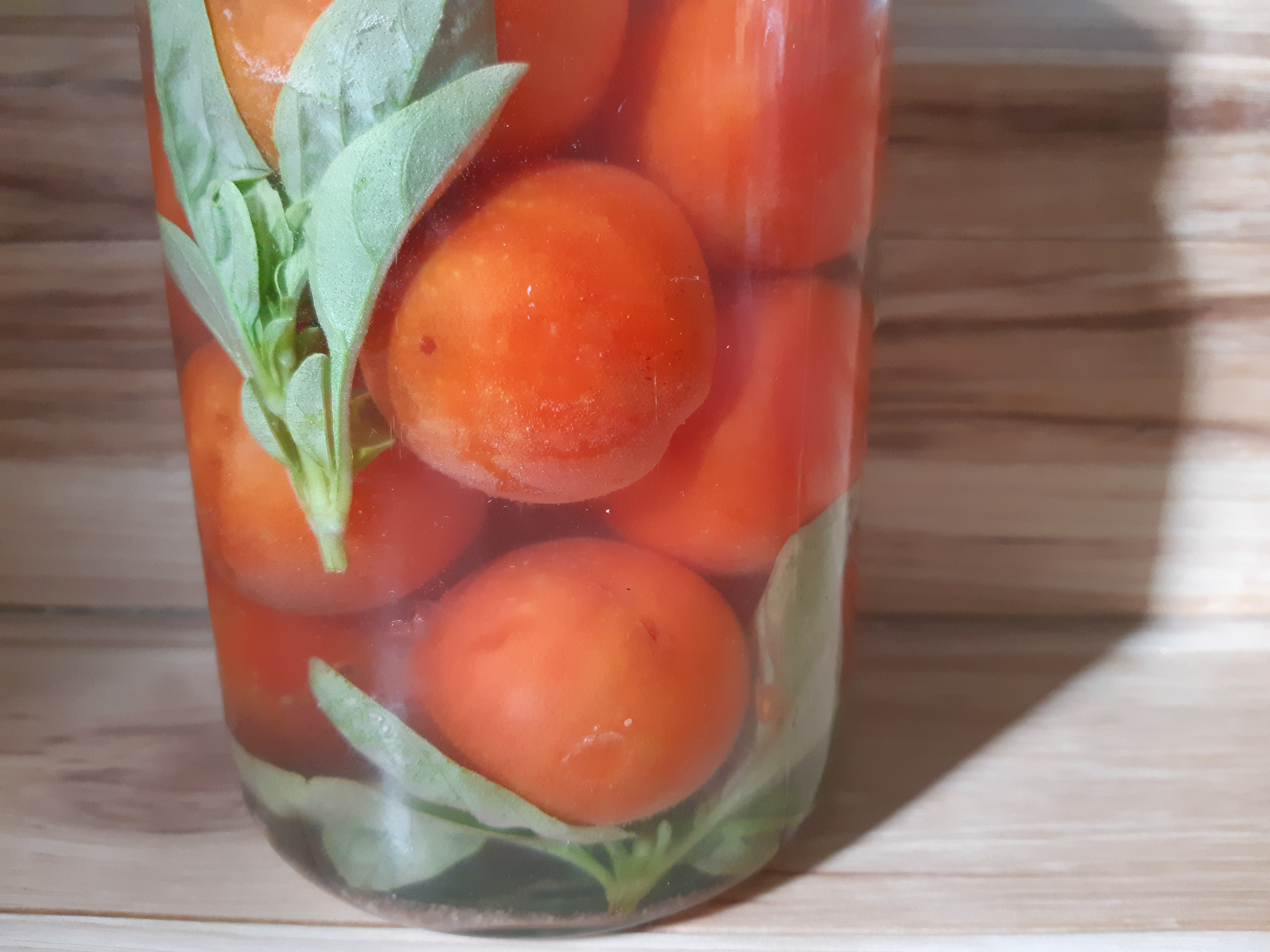 Fermenting Whole Tomatoes