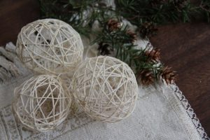 3 Rustic Christmas Tree Ornaments You Can Make At Home