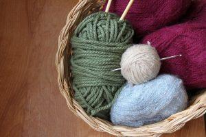 Use 100% wool yarn for creating dryer balls