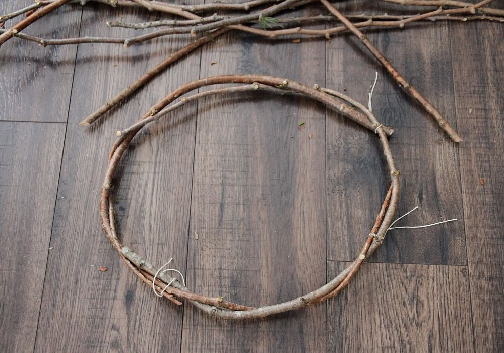 the base circle of a tree bough wreath